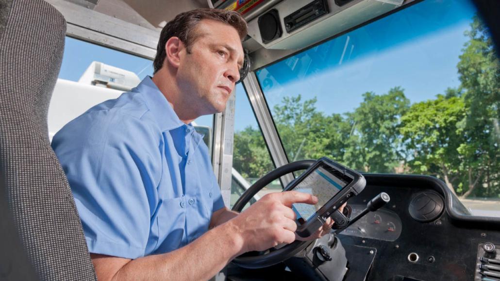 Os dispositivos fornecem informações e possível alterações em roteiros de trabalho